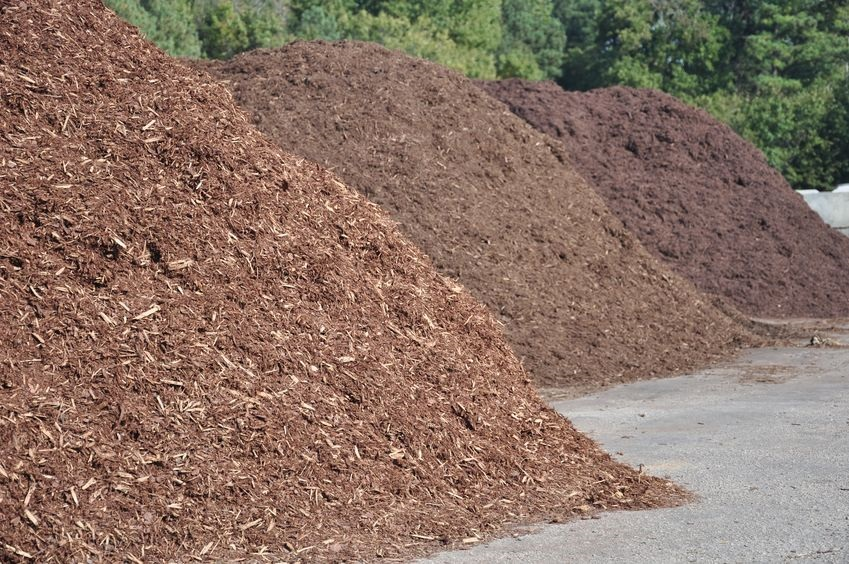 Common Mulching Mistakes and How to Fix Them
